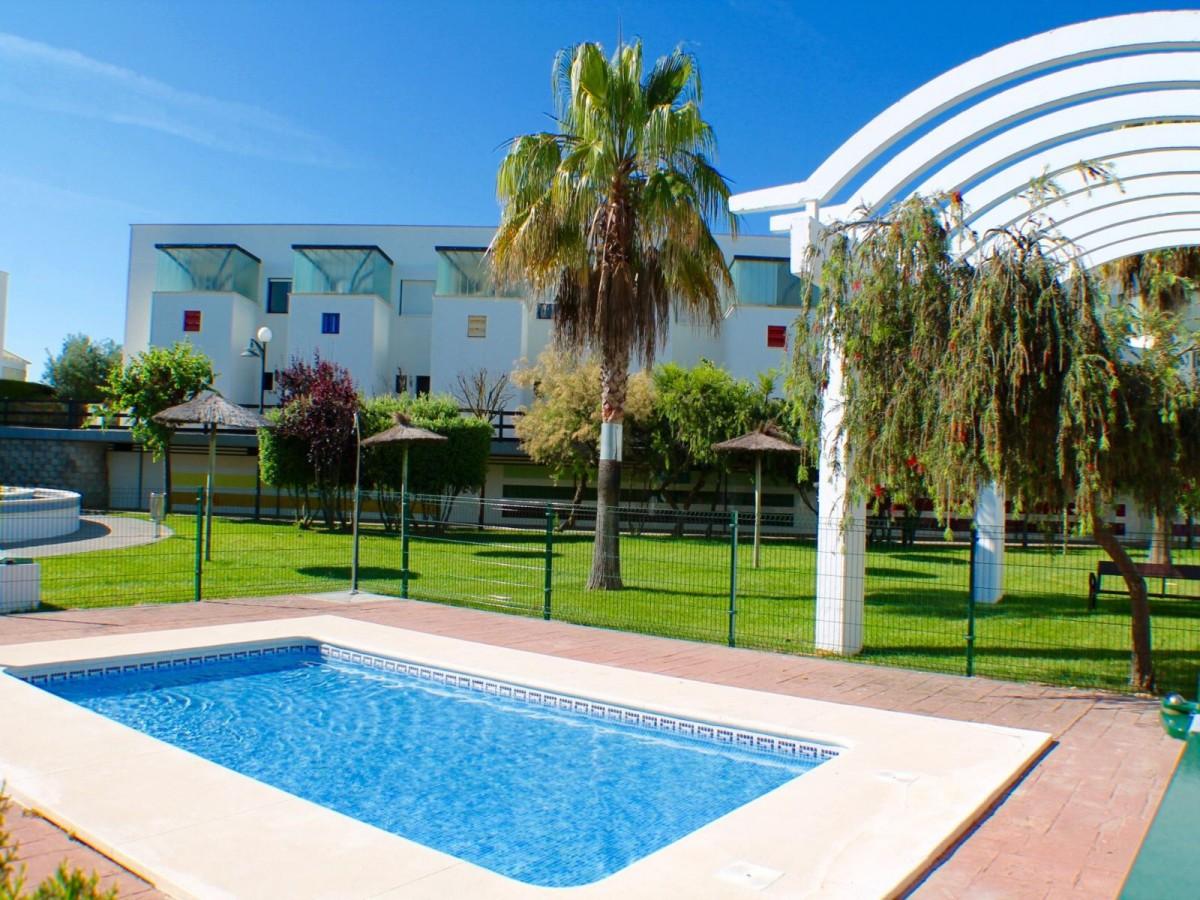 Urbanizaci n ballena golf ref a03 00733 alsol inmobiliaria - Venta de apartamentos en costa ballena ...